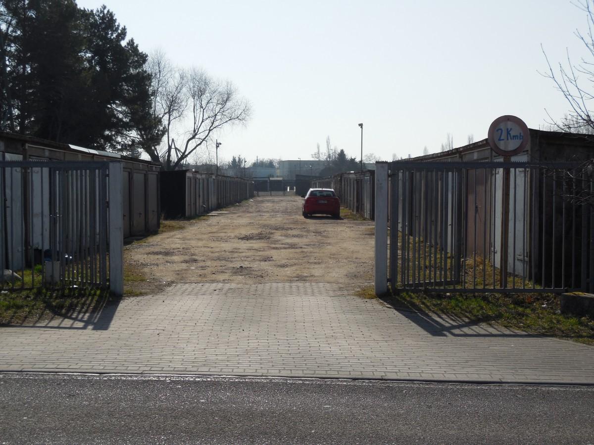 Garagenkomplex: Industriestraße, 06132 Halle (Saale)